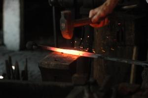 Blacksmith_working