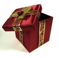 presents-3-1056262-640x630